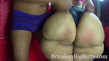 BrazilianBigButts.com Slapping mom bbw big ass