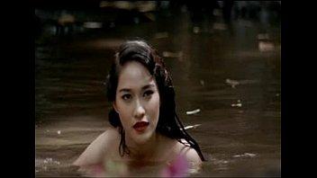 ฉากหนังไทยฟอร์มยักที่ถูกตัดออก พลอย เฌอมาลย์ กับ อนันดา เอฟเวอริ่งแฮม แก้จริงถอดหมดโคตรxxx