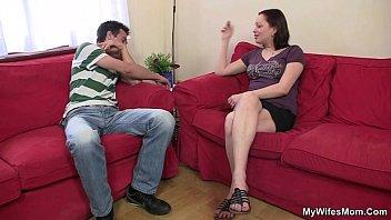 Порно семейное с участием мам и пап сыночки