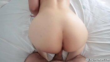 Hardcore sex with Seductive Mom Sarah Vandella