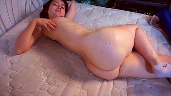 Big ass girl with buttocks full of cum