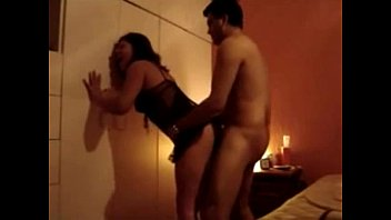 Домашнее видео жены в спальне