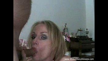 Эротический парно ролики мамочка на душе сын сгладить