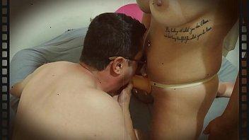 M&ocirc_nica Lima fazendo invers&atilde_o com f&atilde_! (Strapon)