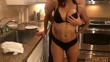 Hot Young Housewife Sucks Dick In Kitchen => Bigasstube.tk