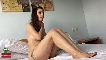 Огромные задницы в чулках порно