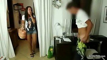 Поно видео как русские мамочки трахаются сыном