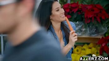 Sexy Asian babe Eva Lovia fucked in the market