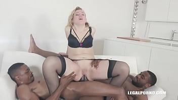 Cum Gargling Slut Liberta Black Loves Anal Thumb