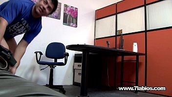 La secretaria perfecta es LAURA