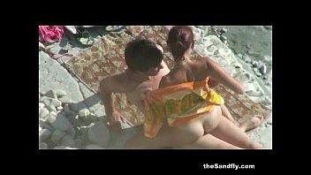 Thesandfly - public beach sex spectaculer!