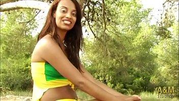 CG Erótico, Melitta a perfect assistant and Neli Samba Brazilian earthquake.