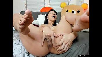Beautiful girl Pussy Masturbate show with Orgasm