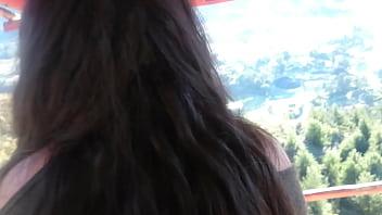 Con mi mejor amiga en la montaña