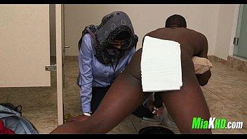 Mia Khalifa plays with 2 cocks 1 exotic arab