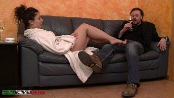 Молодая русская жена захотела секса с мужем дома видео