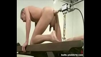 I like deep strokes in my butt
