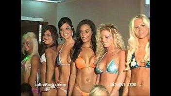 Bikini contest blowjob