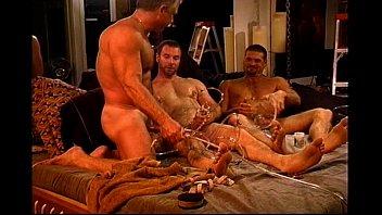 Порно садисты клизмы геи