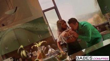 Babes - (Madison Ivy, Johnny Castle) - Kitchen Fun