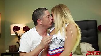 Bubble Butt Cheerleader Creampied