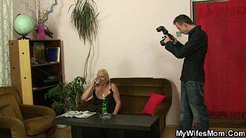 Женская манстурбация мать с сыном
