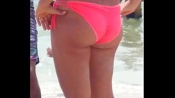 La culona de mi tia en la playa