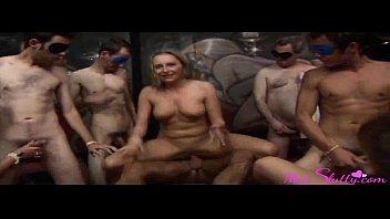Порно онлайн пухлые молодые
