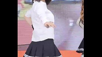 公众号【91公社】韩国女团学生装性感热舞