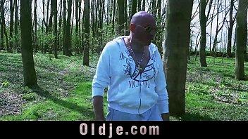 Slutty 19 years old teenie gives oldman a golden shower