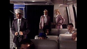 Порно видео стюардесса в белых чулках