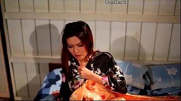 เชอรี่ สามโคก แสดงหนังอาร์ไทยเรื่องนี้เด็ดที่สุดของ THAI PORN นอนแก้ผ้าให้น้องเขยข่มขืนแบบเห็นหัวนม เสียงครางเสียวของเชอรี่ ดาราอีโรติกไทยชื่อดัง มันส์เร้าใจมาก