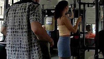 Приставание в автобусе