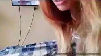 Me la follo por el culo mientras veo porno FULL VIDEO ===> http://zo.ee/6CpOt