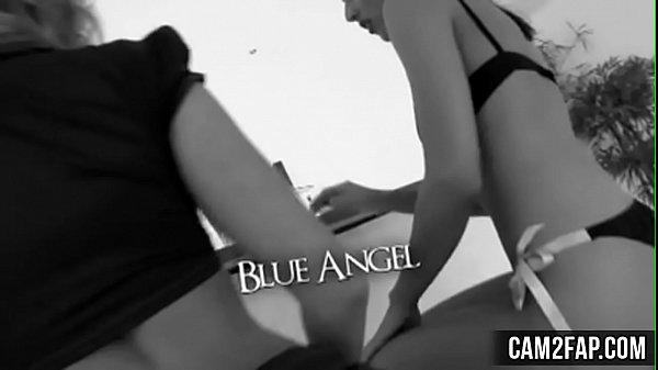 Показать порнуху голубых трахают друг друга видео