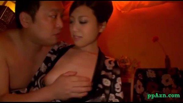 Села киской парню на лицо видео