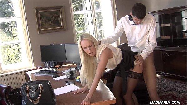 Секретарши чулки видео эротика