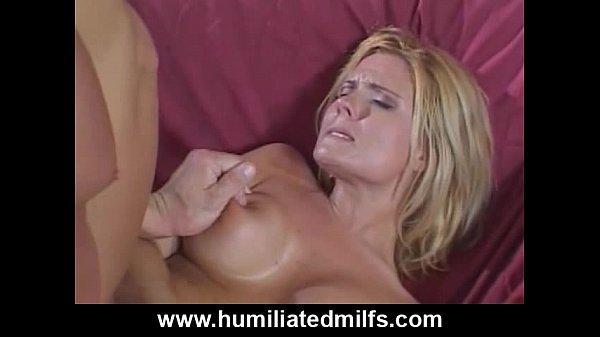Порно девушка кричит от боли в анал