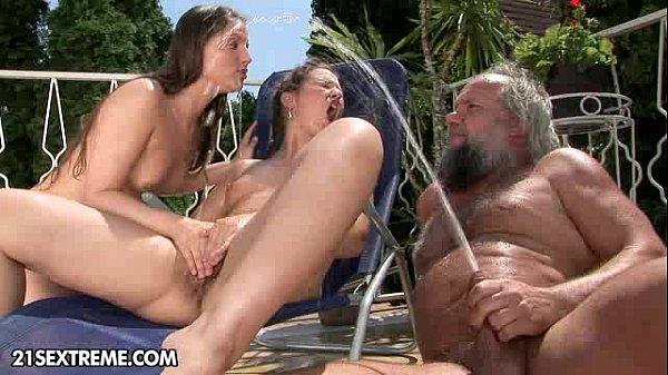 Порно нарезки где негры трахают жестко жен с мужем