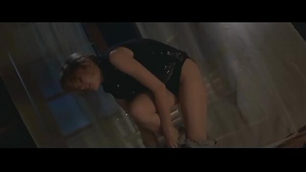 Bridget fonda ass nude — photo 2