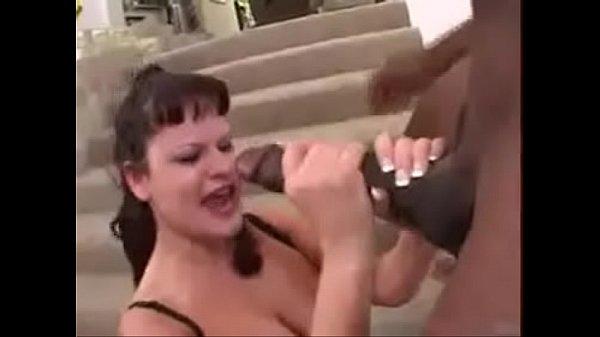 maior-pau-do-mundo-rasgando-o-cu-da-novinha-2