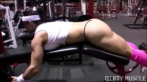 Женские соски голые