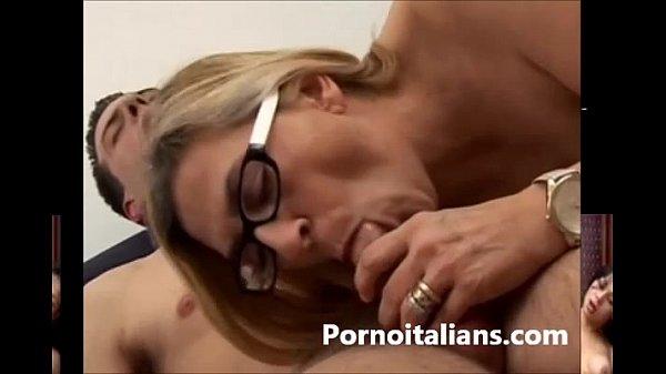 Смотреть порно зрелых женщин полностью