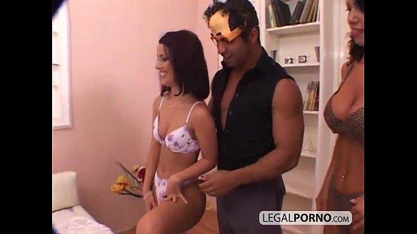 Порно с мамками и домохозяйками видео