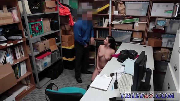 Порно вытекает с пезды нарезки