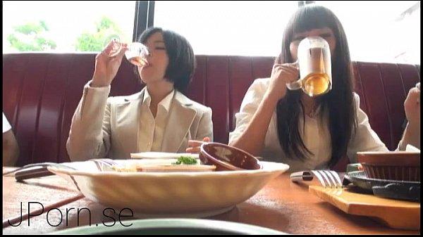 Порно негры имеют пьяных японок