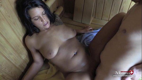 Cheyenne treibt heisse Spermaspiele in der Sauna