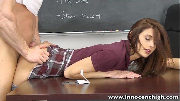 Phim sex Thấy trò đụ nhau trong lớp sex mỹ HD