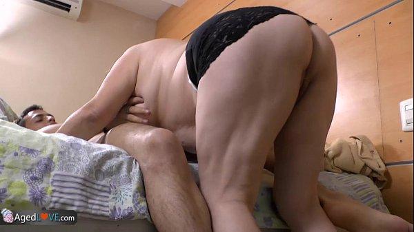 Жесткий секс видео пожилых кавказцев