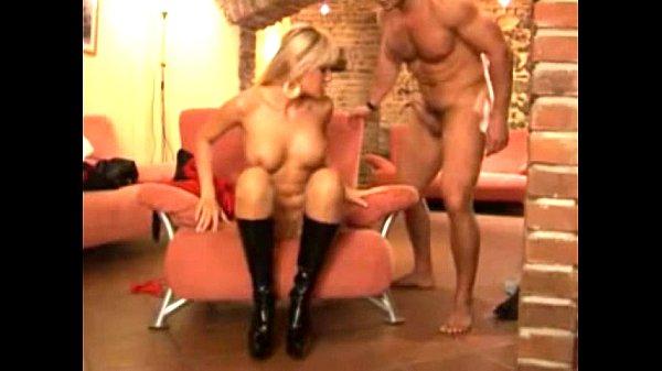 Порно онлайн камшоты под музыку леди гага